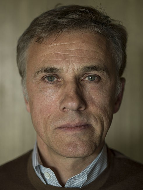 http://hoeltschi.com/files/gimgs/th-13_00_Christoph Waltz.jpg