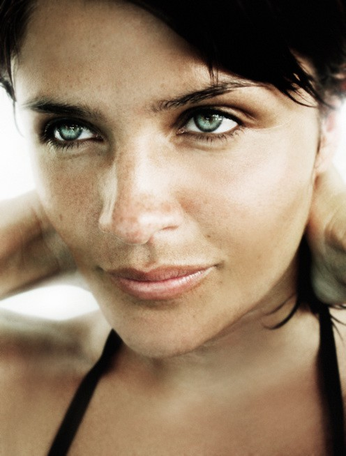 http://hoeltschi.com/files/gimgs/th-13_11_Helena Christensen.jpg