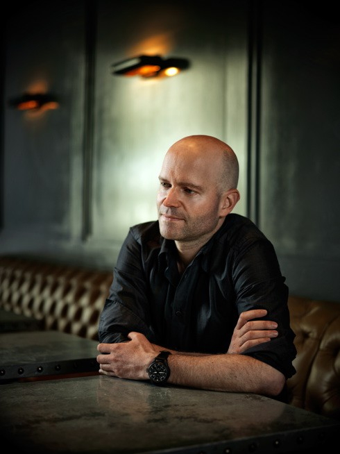 http://hoeltschi.com/files/gimgs/th-13_12_Marc Forster.jpg