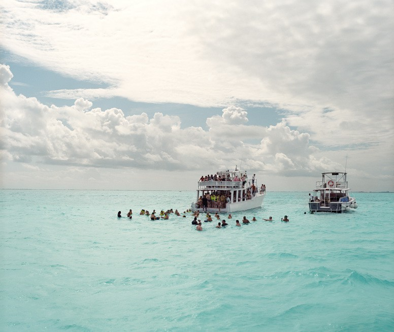 http://hoeltschi.com/files/gimgs/th-9_04_Stingray City.jpg